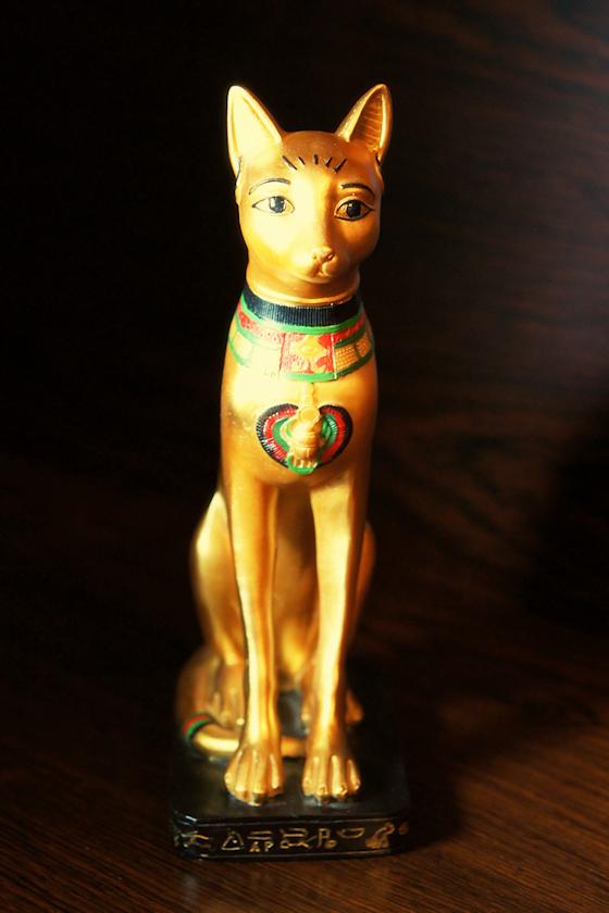 Ägyptische Katzen-Statue