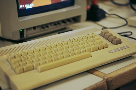 Commodore C64 mit neuem modernen Design (C64c) @ Game City 2014