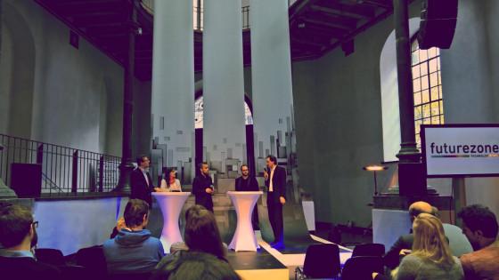 futurezone Day 2016: Podiumsdiskussion Virtual Reality mit Hannes Kaufmann, Valentin Sam, Wolfgang Hochleitner und Anna Felnhofer