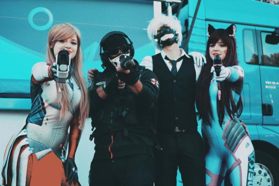 Cosplayer auf der Wiener Game City: Overwatch, Call of Duty Ghost, Tokyo Ghoul und wieder Overwatch.