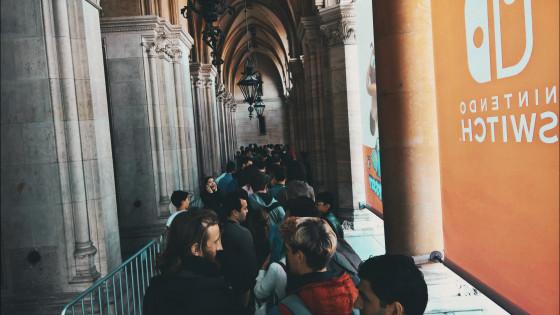 Game City Wien: Warteschlange vor dem Rathaus