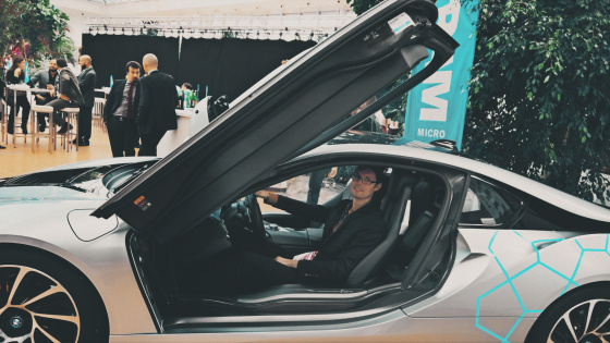 Viktor im BMW i8 @ Ingram Micro TOP 2017 IT-Messe