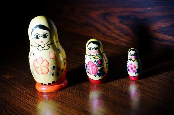 Russische Matrjoschka Puppen 3-teilig (Матрёшка)
