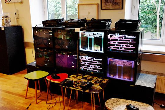 """""""SpieleEcke"""" (Arcade Station) von Abraham Ananda @ We Love 8-Bit Ausstellung Wien"""