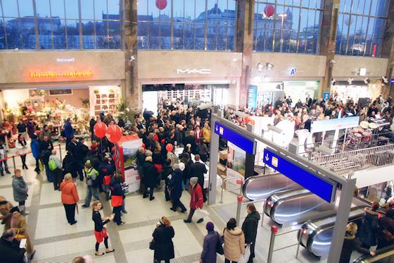 BahnhofCity Wien West: Halle von innen
